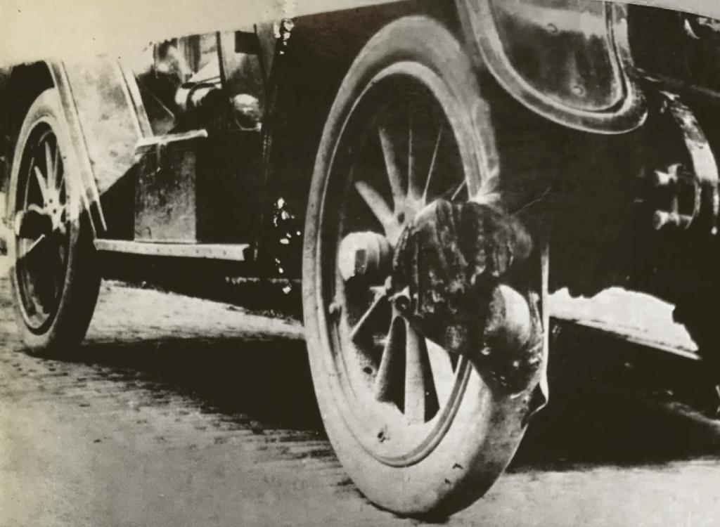 Tire car